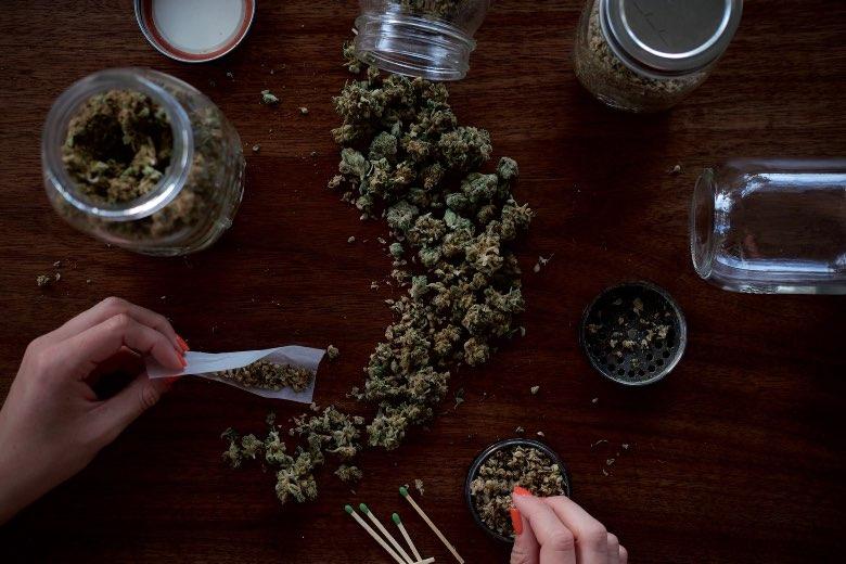 Contenitori di cannabis da amsterdam